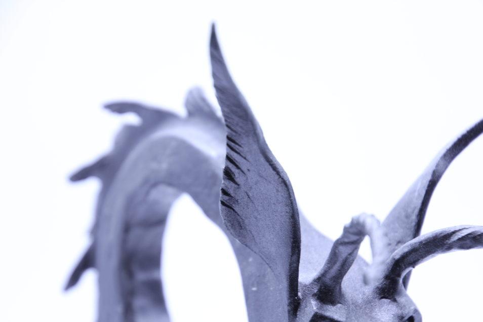 Pflanzgefaess geschmiedet Drachen