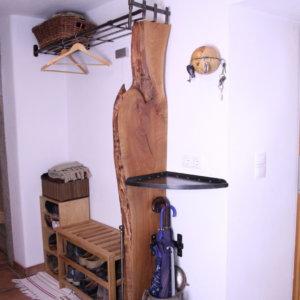 Garderobe geschmiedet Altholz